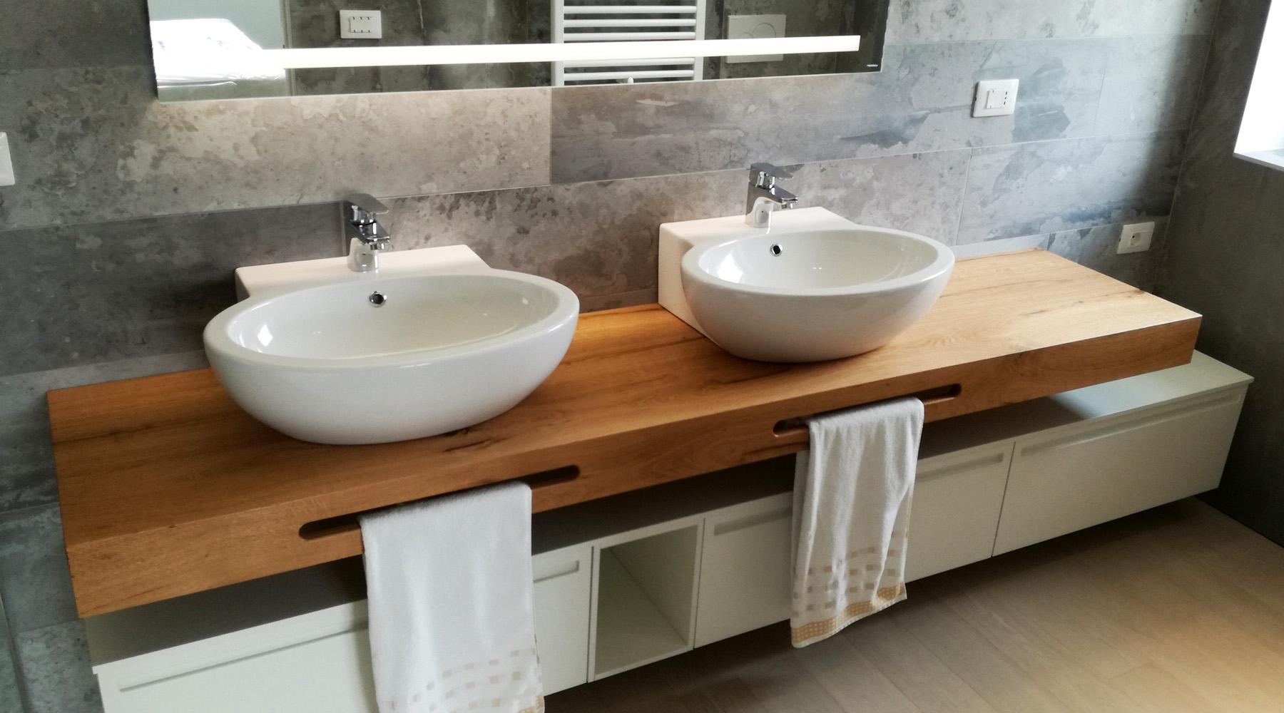 Mobile bagno doppio lavabo con mensola in legno - Mensola bagno appoggio lavabo ...