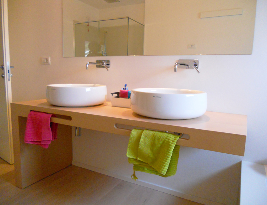 Portasciugamani In Legno Per Bagno.Mobile Bagno Con Mensola In Legno Doppia Postazione Arredamenti Barin