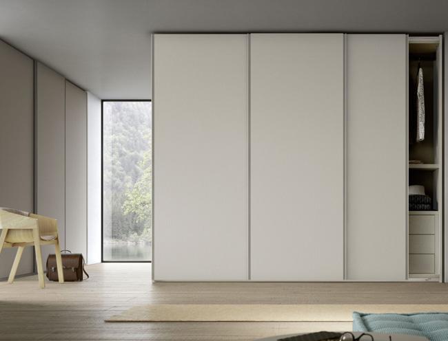 orme-armadio-anta-scorrevole-gola-1-1600×900